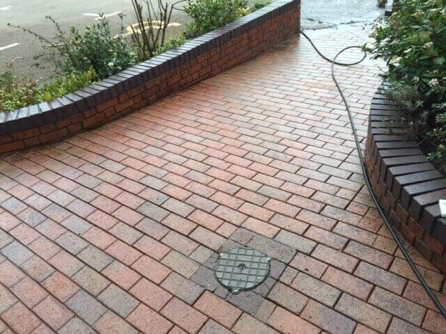 Block Paving cleaning and Re-sanding Coventry